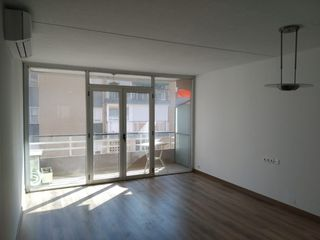 Location Appartement  Carrer can mandri. Piso reformado en zona alta