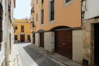 Parking coche en Carrer Sant Antoni, 17