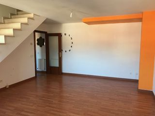 Appartement  Pl. de l´estatut. Parking incluido
