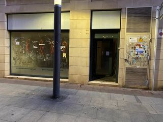 Local Comercial en Carrer jaume abril, 1. Oportunidad