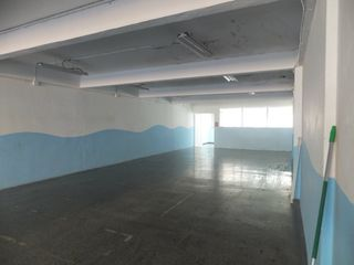 Rent Business premise  Centro. Nave industrial
