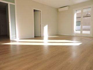 Appartamento  A una cantonada de la rambla. Esquinero, exterior y soleado