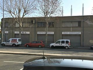 Rent Industrial building  Carrer torrassa