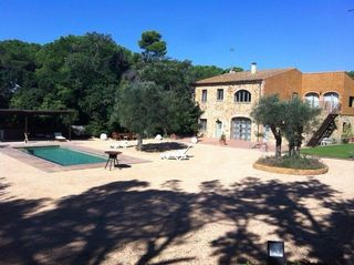 Country house in Pals. Masia en pals
