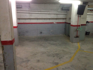 Aparcament cotxe  Can salvet. Plaza de parking