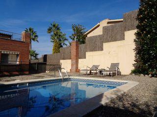 Casa  Urbanització vallmora. Chalet con piscina