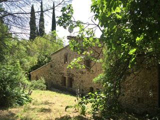 Country house  Medinya´. Reformada con 5.030 m2 parcela