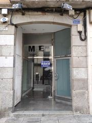 Rent Business premise in Riera (la), 37 esq. Local al lado de ayuntamiento
