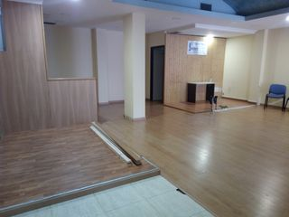 Rent Business premise  3 torres-rambla. Local en alquiler reformado