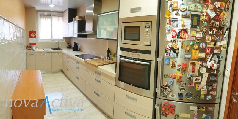 Cocina. Flat with heating in Riu Sud Santa Coloma de Gramenet