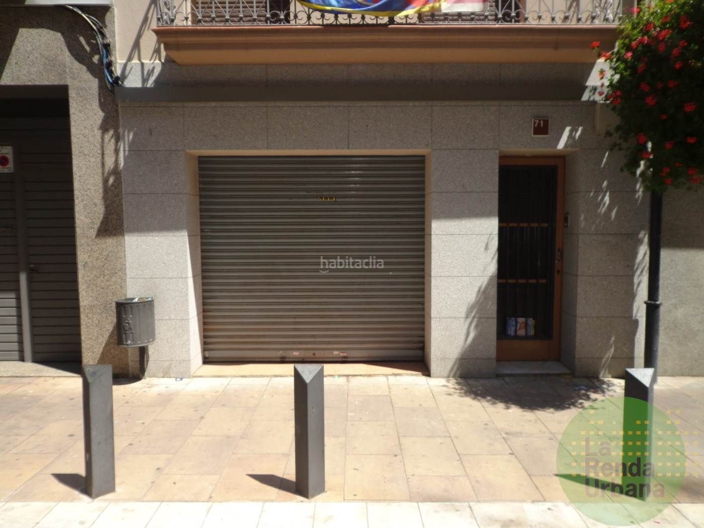 Alquiler Local Comercial en Centre. Local de lloguer