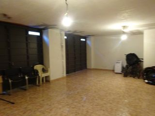 Rent Business premise in La torre, 60. Local en lloguer al centre