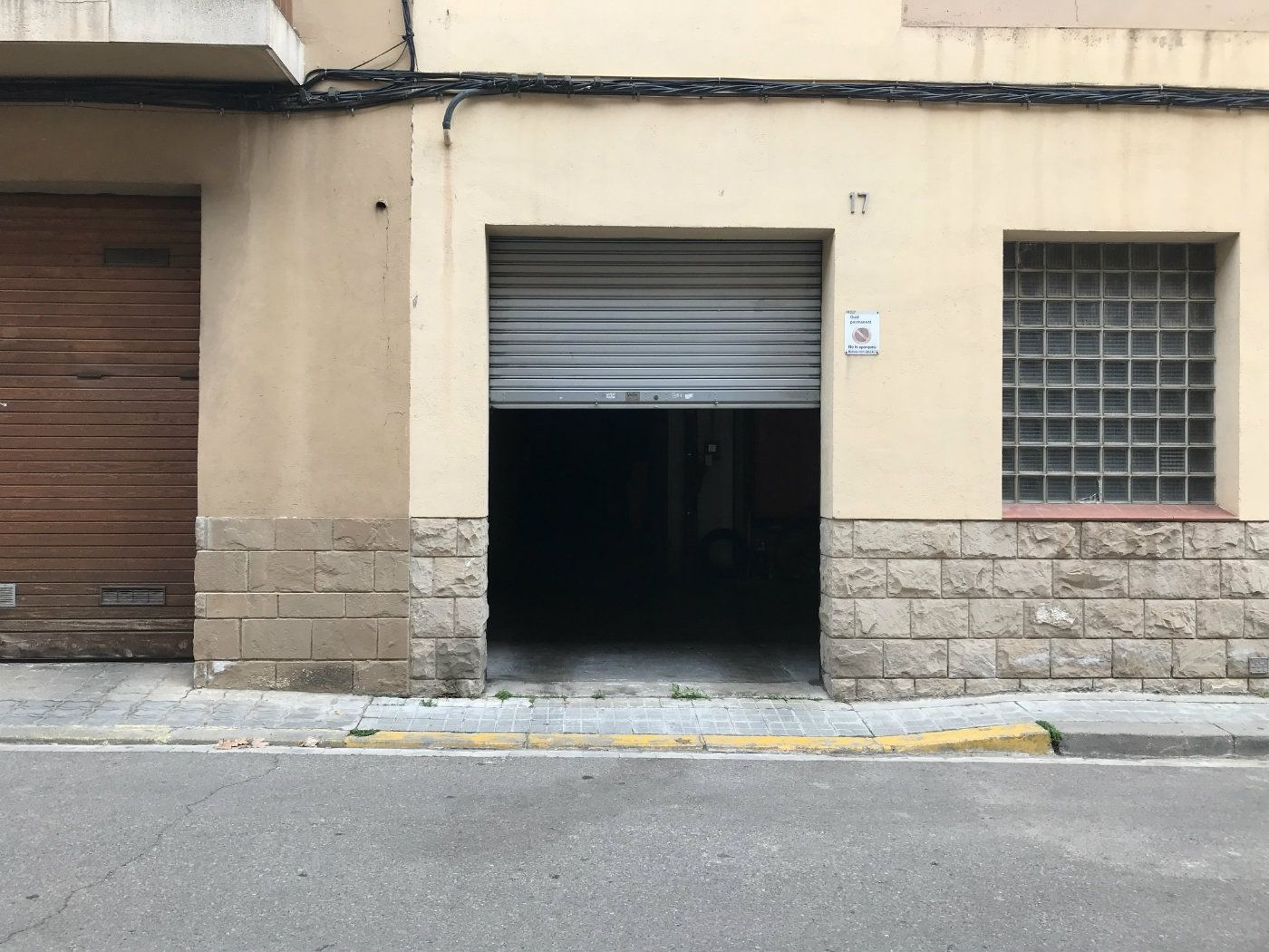 Rent Car parking in Carrer s pere, 21. Plaça d´aparcament en lloguer