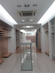 Lloguer Local Comercial  Centro. Local comercial de 190m2